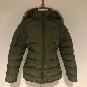 North Face Army Green Jacket with Fur-trimmed Hood